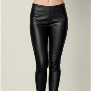 VENUS Black High Wasted Faux Leather Leggings